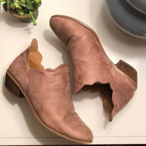 ModCloth pixie ankle boots in rose suede